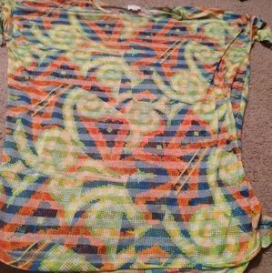 LuLaRoe large shirt